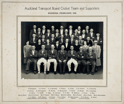 Auckland Transport Board Cricket Team and Supporters; J Webster; Feb 1946; 15-2982