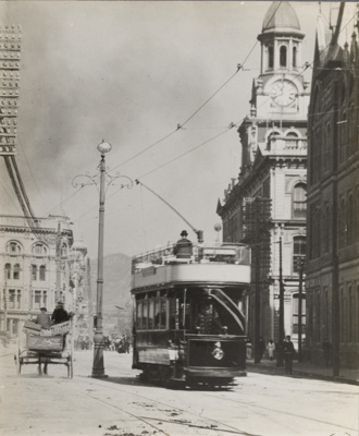 [Double-decker tram no.4 on Customhouse Quay]; Unknown Photographer; [1904-1931]; PHO-2017-5.37