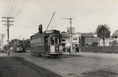 [Tram crew standing on top of tram 120 at Greenlane Road terminus]; Unknown Photographer; 1954; PHO-2017-5.21