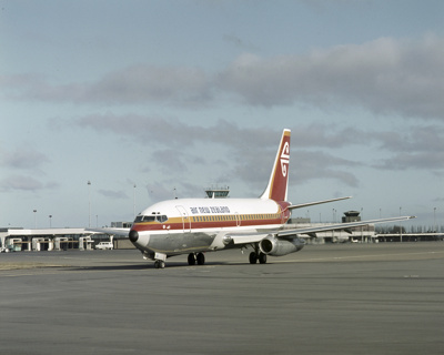 Air New Zealand Boeing 737; Mannering and Associates Limited; 08/117/189