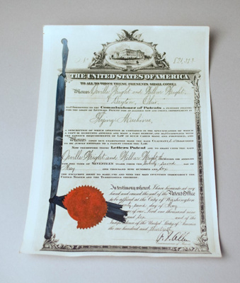 Patent Form [Wright Brothers]; United States Patent and Trademark Office, Orville Wright (b.1871, d.1948), Wilbur Wright (b.1867, d.1912); 22 May 1906; 2003.203