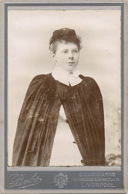 Portrait photograph of young woman; Bobs (Firm); 13-1043