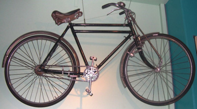 Bicycle [Double Cross Bar Bicycle]; Phoenix; Circa 1920-1940; 1967.285