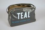 Travel Bag [Teal]; Tasman Empire Airways Limited (New Zealand, estab. 1940, closed 1965); 2004.389