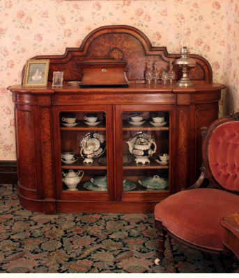 Victorian burred totara sideboard, 74/358/1