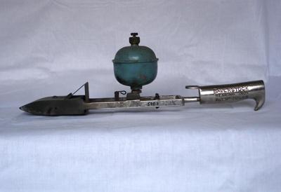 Tailing iron, Alex. Thompson & Son Ltd, 20th Century, 5803.00a