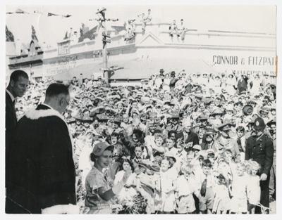 Photograph, Queen Elizabeth II visits Gore; Andrew Crawfor; 28.01.1954; C27d
