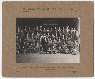 photograph, Belgian Flower Day at Gore ; Southland Photo Company; 26.09.1914; C12