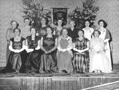 Photograph, CWI Middlemarch Branch Members; de Clifford Photography, Dunedin; 06 Sep 1956; 2011.2.2