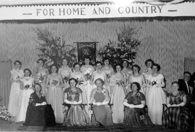 Photograph, CWI Debutantes' Ball; de Clifford Photography, Dunedin; 6 Sep 1956; 2011.1