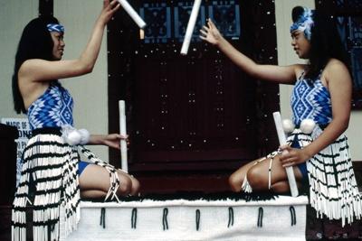 Maori girls practicing stick game [tititorea]; Don Cole; 1/02/1994; 2007.7.108