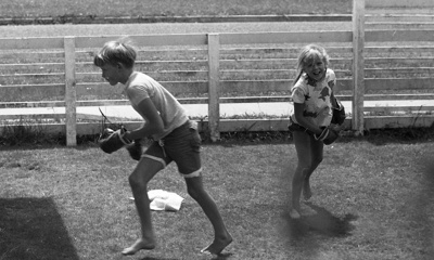 Boy and girl boxing; Jack Lang; 1967; 2010.100.1986
