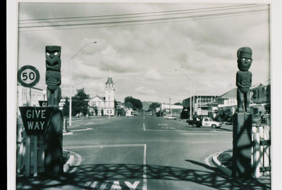 Princes Gate from Queen's Drive, Adams, Mark, 2003.51.40