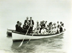 Bringing tourists ashore from launch 'Hamurana', Vaile, 1984.35.12