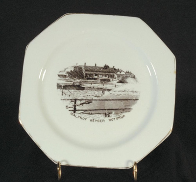 Plate; Royal Stafford; Circa 1952; 1994.28.16