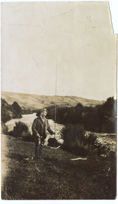 Photograph, Harry Lauder With Fishing Rod; Unknown photographer; 1924; WY.1994.10.22