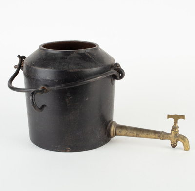 Pot, Cast Iron with Tap ; Kenrick, Archibald & Sons; 1870-1900; WY.0000.1141