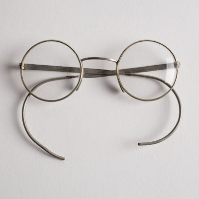 Spectacles, with Flexible Arms ; Unknown manufacturer; 1939-1945; WY.1996.53
