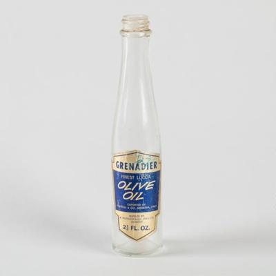 Medicine, 'Grenadier Olive Oil'; A. Murdoch & Co (DN) LTD; 1960-1970; WY.0000.440