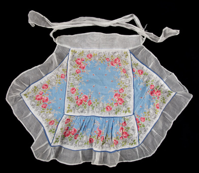 Apron, Cotton Lawn Panels on Organdy; Hall, May; 1950-1960; WY.2006.37.4