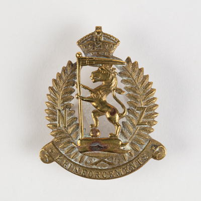 Badge, NZ Rifle Brigade; Unknown manufacturer; 1914-1918; WY.2000.12.4.9