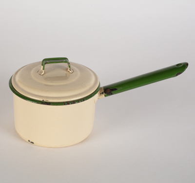 Saucepan, Enamel with Lid; Ernst Stevens Ltd; 1930-1960; WY.0000.609