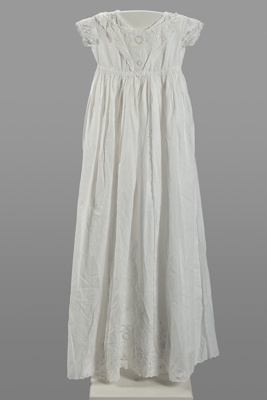 Gown, Christening ; Unknown; 1901; WY.2017.1