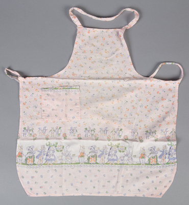 Apron, Child's Alice in Wonderland; Hall, May; 1940-1950; WY.2004.75.9