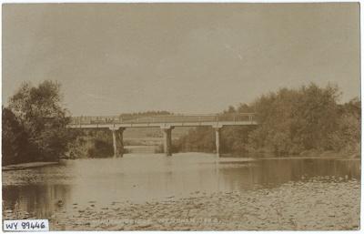 Postcard, Bridge over the Mimihau River; Unknown; 1920-1930; WY.1989.446
