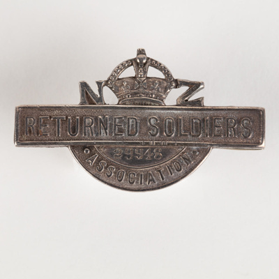 Badge, Military NZ Soldiers Association; Unknown manufacturer; 1914-1918; WY.2000.12.4.5