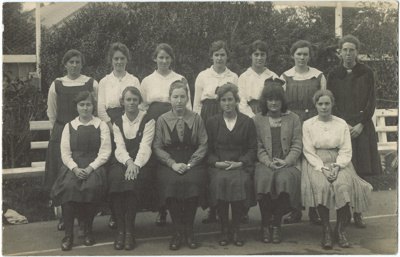 Photograph, 13 women ; Unknown photographer; 1920; WY.1993.108.1