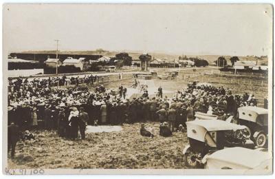 Postcard, Opening of the Wyndham Cenotaph; Kodak Austral; 1924; WY.1991.100