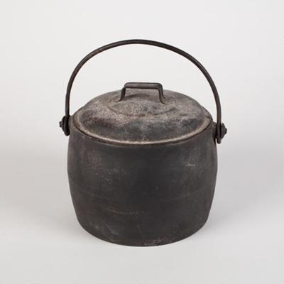 Lidded Pot, Cast Iron; Kenrick, Archibald & Sons; 1870-1900; WY.0000.697