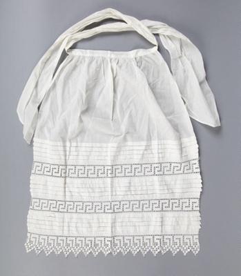 Apron, Fine White Cotton with Filet Crochet; Unknown maker; 1900-1910; WY.2016.1.6