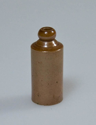Miniature bottle; XHH.2774.69