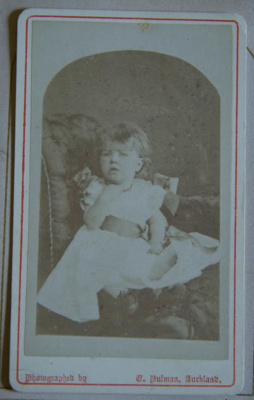 Photograph [Young Child]; E. Pulman; XKH.2006.18
