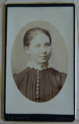 Photograph [Young Woman]; R. H. Bartlett; XKH.2006.23