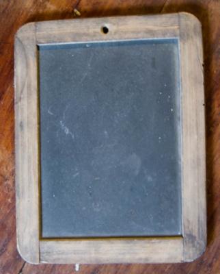 Writing Slate; XKH.1154
