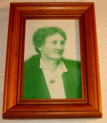 Framed Photo - Mrs Eames; 1998-2568-1