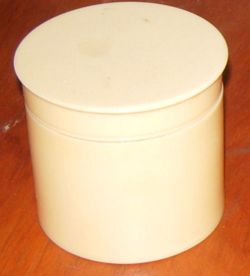 Celluloid Container and Lid; 1977-0041-1