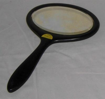 Hand Mirror; 1995-2261-1