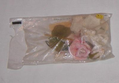 Dress Accessories - Roses, Belt; 1979-0623-1
