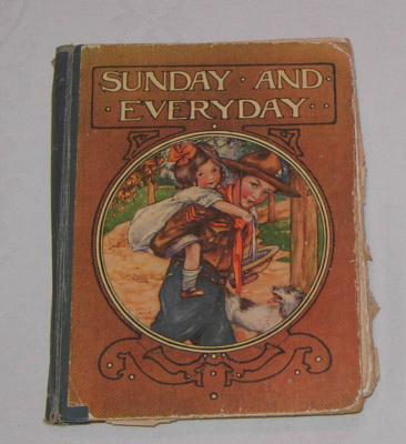 Book - Sunday and Everyday; Wells, Golding, Darton & Co; 1917; 1992-1913-1