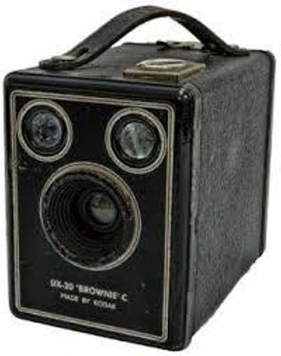 Box Camera - Six-20 Brownie C; Kodak; 1939; 1981-1194-1