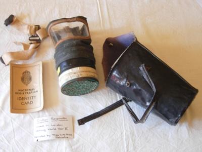 Civilian Respirator; 1977/0416/1