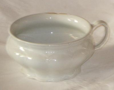 Chamber Pot; J & G Meakin Ltd; 1980-0947-1