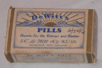 Box of DeWitts Pills; E C DeWitt & Co; 2002-2825-1