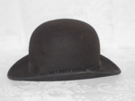 Black Bun Hat; 1978-0549-1
