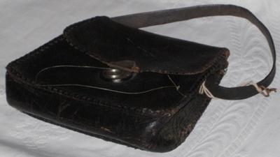 Black Handbag; 1979-0924-1