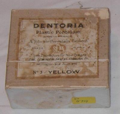 Dentoria Plastic Porcelain; 1978-0579-1